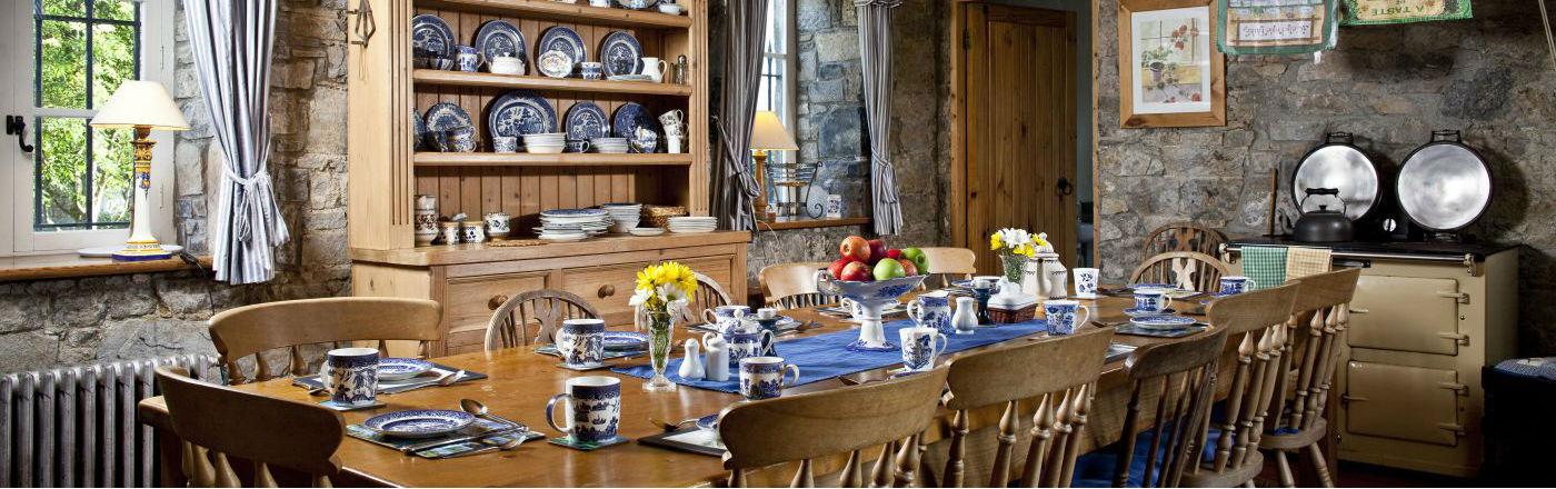 Traditional Irish Kitchen - Lisheen Castle Ireland
