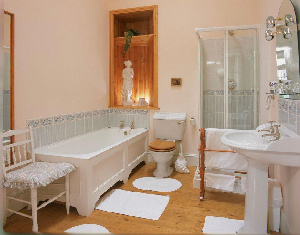 Bathroom and Castle bedroom Ireland