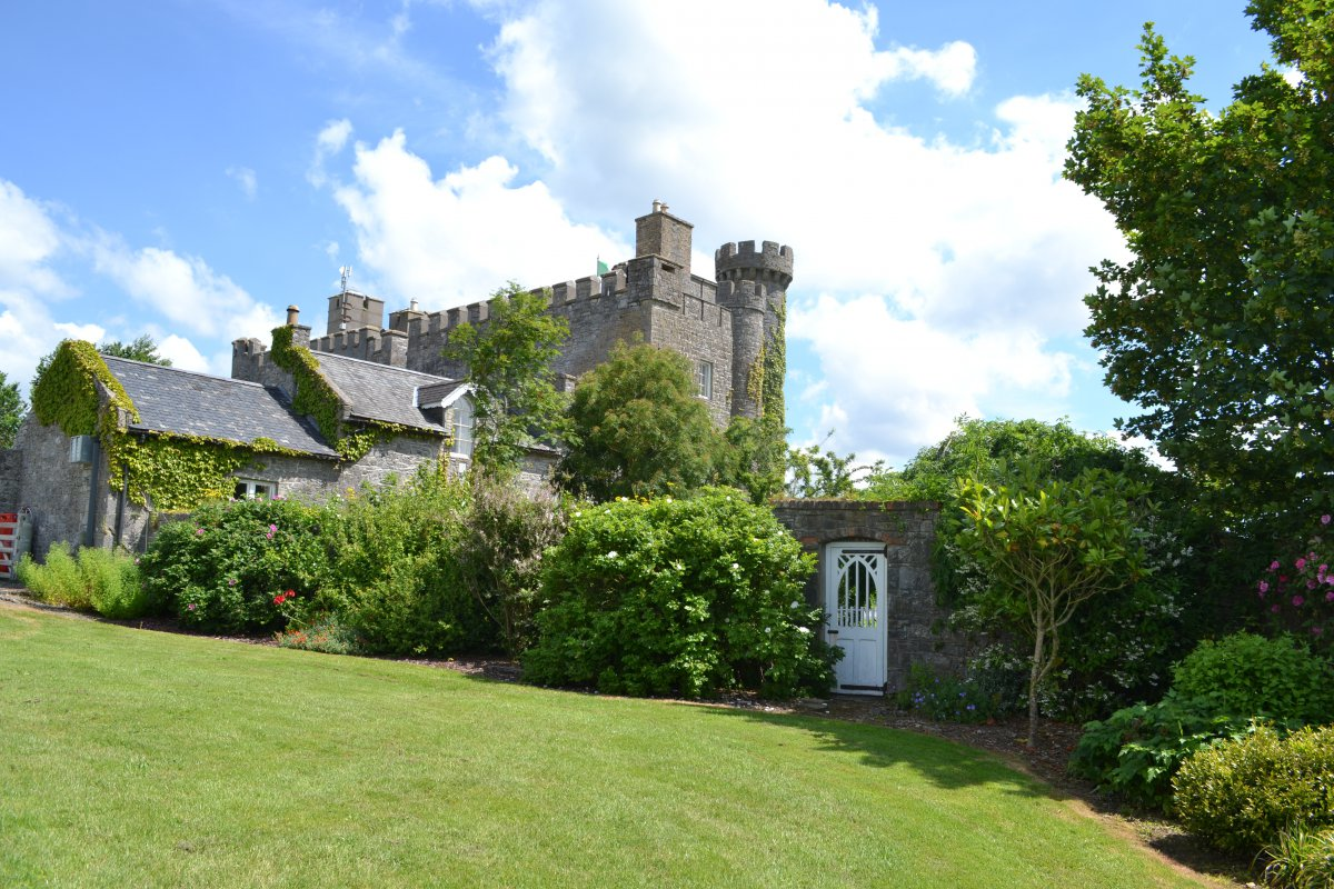 Spring into Summer at Lisheen Castle