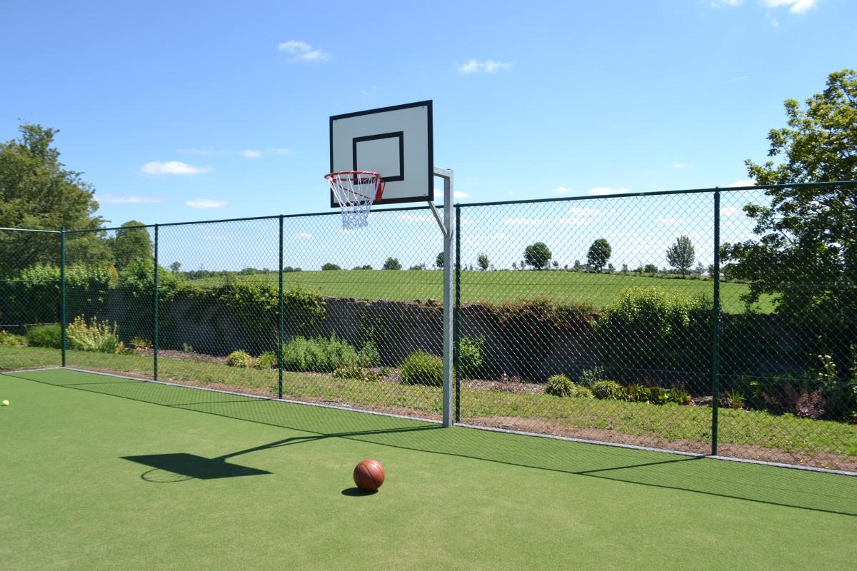 Lisheen Castle Basketball