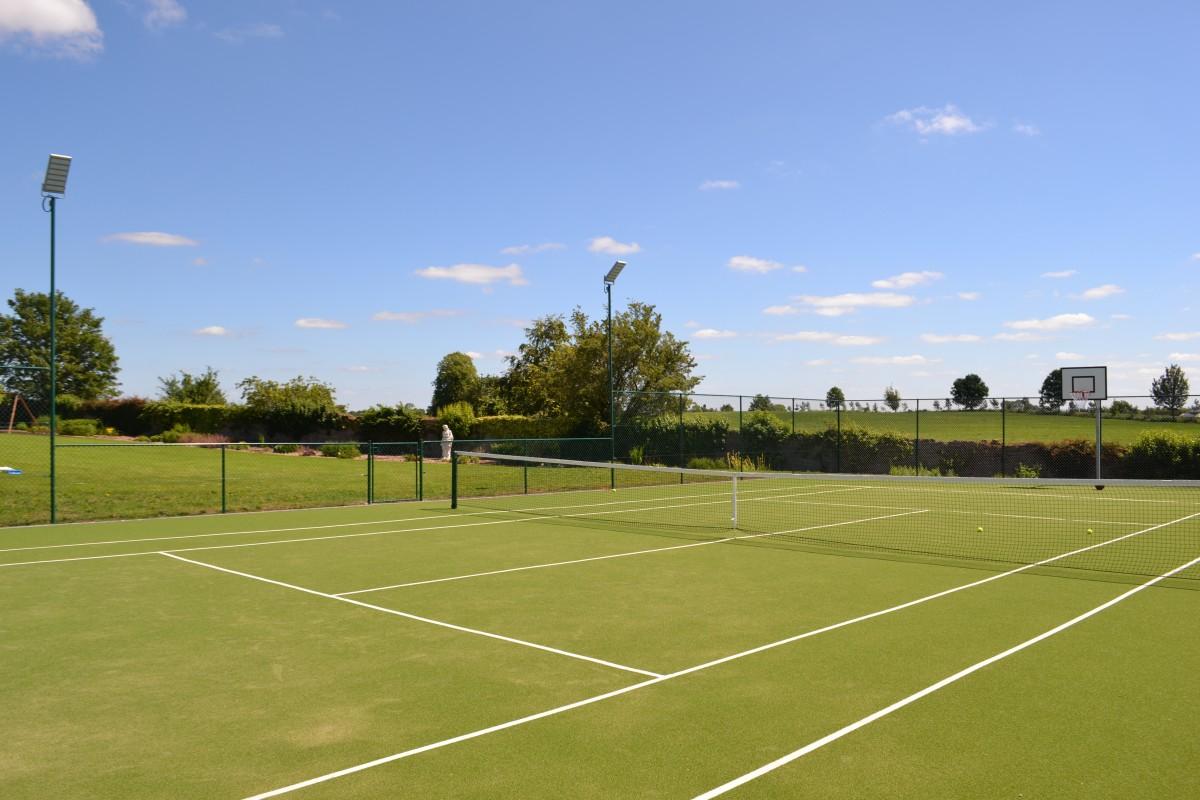 Lisheen Castle Tennis Court